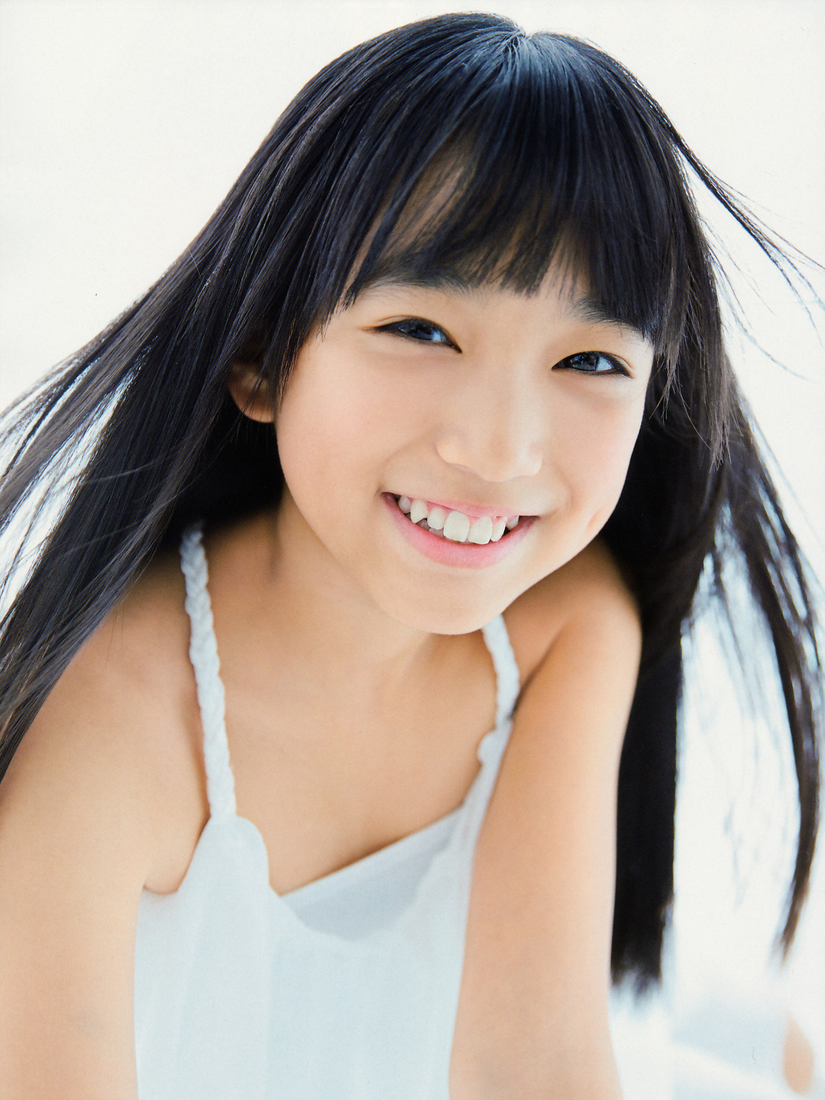 矢吹奈子の幼少画像